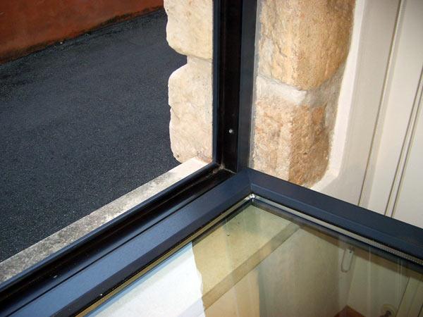 Costi-produzione-finestre-in-ferro-sassuolo
