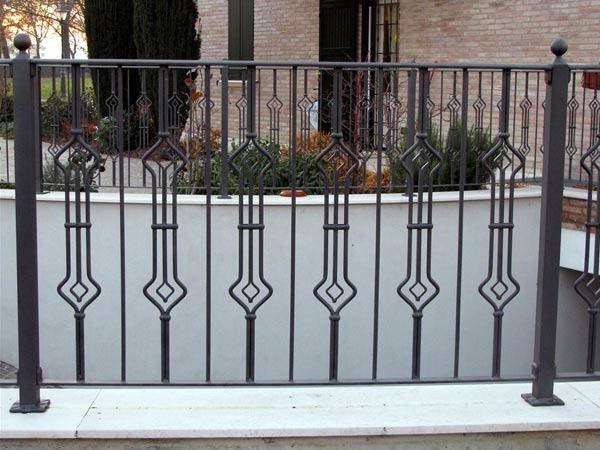 Installazione-recinzioni-in-ferro-modena