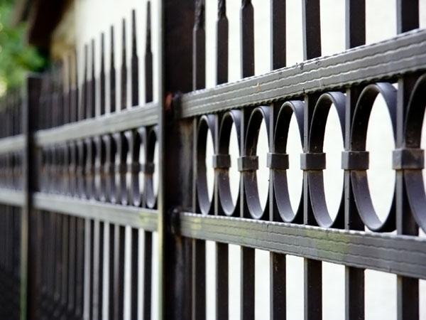 Installazione-serramenti-in-ferro-modena-sassuolo