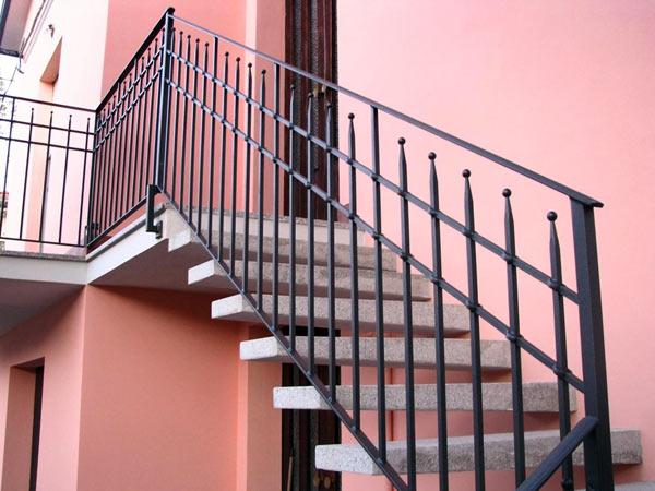 Ringhiere per scale Modena Sassuolo – Prezzo realizzazione corrimano ...